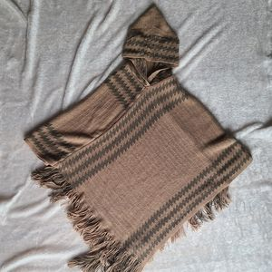 Brown knitted lightweight poncho with hood